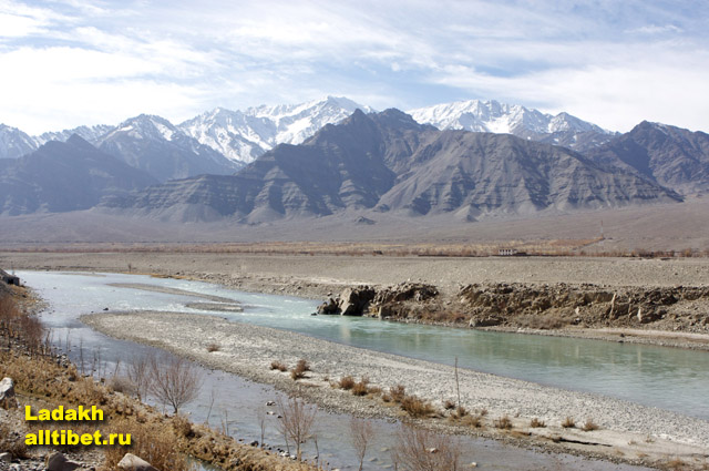 the river Indus in Small Tibet