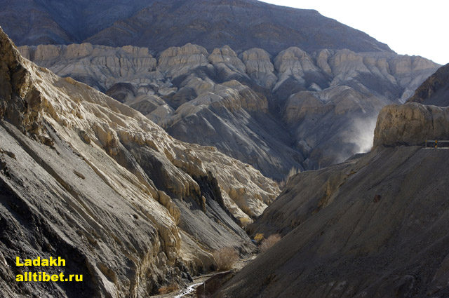 a canyon on a way to Lamayuru Gompa
